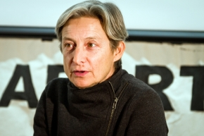 Interview with Judith Butler : « The freedom of assembly assumes that bodies can assemble »